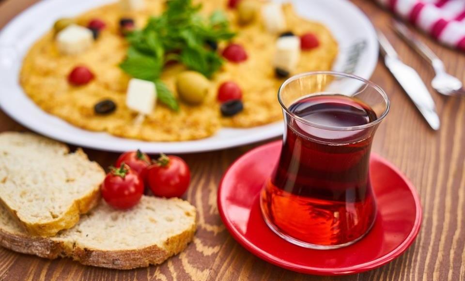 Kombinovanje čaja i hrane