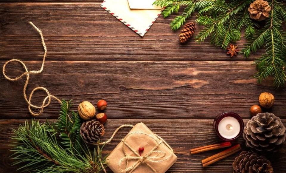 Kako ukrasiti kafić, klub i restoran za novogodišnje praznike
