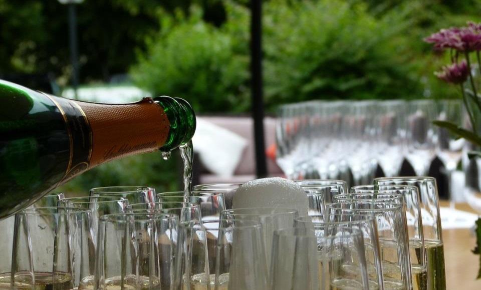 Kako poslužiti vino gostima?