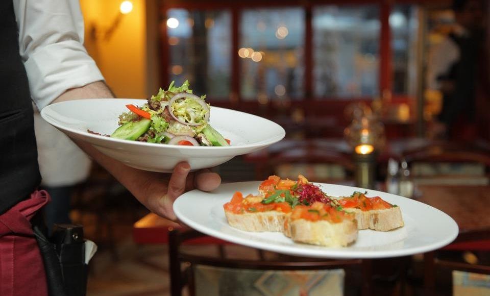 Usluživanje hrane u restoranima
