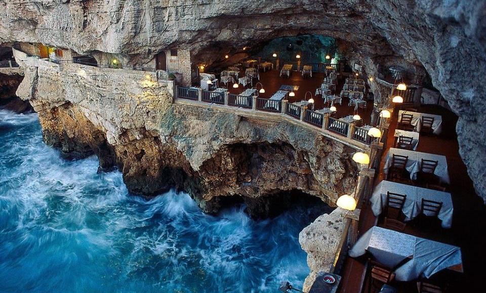 Neobični restorani - Grotta Palazzese